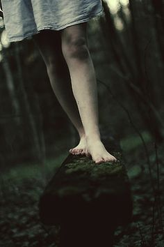 I can feel the moss between my toes