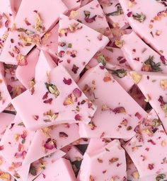 Pink Marshmallow Scented Wax Brittle