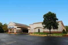Charlottesville (VA) Comfort Inn Monticello Charlottesville United States, North America Comfort Inn Monticello Charlottesville is perfectly located for both business and leisure guests in Charlottesville (VA). The hotel offers a high standard of service and amenities to suit the individual needs of all travelers. Facilities like 24-hour front desk, luggage storage, Wi-Fi in public areas, car park, newspapers are readily available for you to enjoy. All rooms are designed and d...