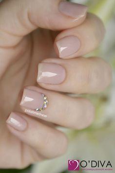 Гель-лак Bluesky ND19 на ODIVA.RU #odiva #nailart #nailpolish #naildesign #nail #nails #nailfashion #nailbeauty #manicure #shellac #design #gelnails #gellac #nailmaniac #gelpolish #style #beauty #маникюр #ногти #одива #лакоманьяк #гельлак #шеллак #дизайнногтей #идеиманикюра #bluesky #гельлакbluesky #crystals #стразы