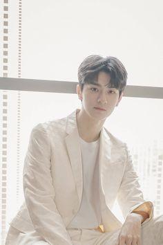 Cute Asian Guys, Asian Love, Asian Actors, Korean Actors, Big Bang Top, Bad Boy Aesthetic, Kdrama Memes, Secret Crush, Kdrama Actors