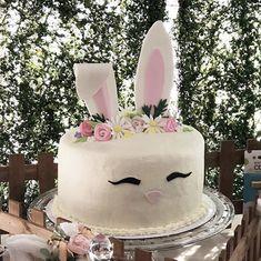 Rabbit Cake, Party Ideas, Desserts, Food, Tailgate Desserts, Deserts, Eten, Ideas Party, Postres