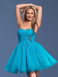 A-line Sweetheart Tulle Short/Mini Sleeveless Crystal Detailing Prom Dresses at Msdressy