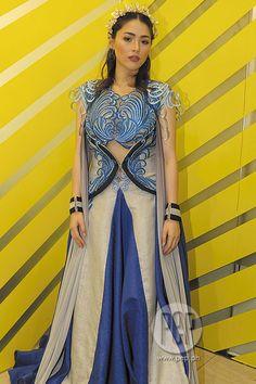 Amihan in her royal gown Encantadia 2016 Costume, Encantadia Costume, Costumes, Kylie Padilla, Encantadia Wallpaper, Disney Wallpaper, Headpiece Jewelry, Queen Elsa, Fantasy Dress