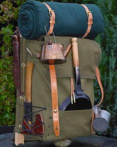 Trapper style is my style. #trapper #trapperstyle #nelson #trappernelson #oldtimer #oldschool #axe #copper #tin #kettle #canvas #bedroll #backpack #backpacking #camping #bushcraft #packboard #pan #fryingpan #homemade #diy #behappy #getoutstayout #furtrade #therevenant #usa #usatoday #hudson