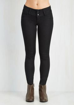 Seamingly So Pants in Black. These stretch skinnies offer the appearance of cool-as-can-be jeans, but better yet, they boast a super-soft silhouette thats utterly comfy! #black #modcloth