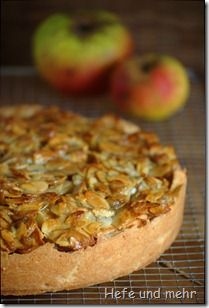 Apple cake elfriede - german recipe. Great stuff: mixing nutcream with apples... This sounds delightfull!