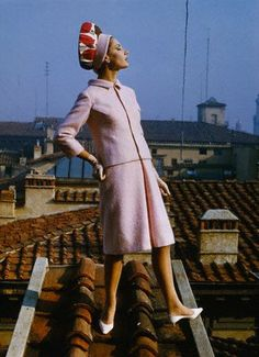 it / Francesca Sottilaro fashion shooting, 1963 60 Fashion, Fashion Photo, Vintage Fashion, Nostalgia, Moda Retro, Looks Vintage, Vintage Style, Emilio Pucci, Vintage Hats