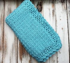 Classic Crochet Baby Blanket - Free Crochet Pattern Knitted Washcloth Patterns, Knitted Washcloths, Crochet Blanket Patterns, Baby Blanket Crochet, Pink Blanket, Afghan Crochet, Crochet Blankets, Baby Patterns, Knitting Patterns