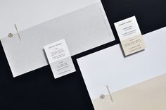 Honom Hennés visual identity and stationery designed by Firmalt.