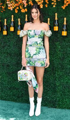 Kendall Jenner Photos - Model Kendall Jenner attends The Tenth Annual Veuve Clicquot Polo Classic at Liberty State Park on June 2017 in Jersey City, New Jersey. - The Tenth Annual Veuve Clicquot Polo Classic - Arrivals Kylie Jenner Outfits, Kendall E Kylie Jenner, Trajes Kylie Jenner, Kris Jenner, Style Outfits, Fashion Outfits, Dress Fashion, Dress Outfits, Le Style Du Jenner