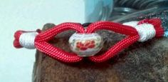 Newest Design Paracord with center Bead .. love this one!