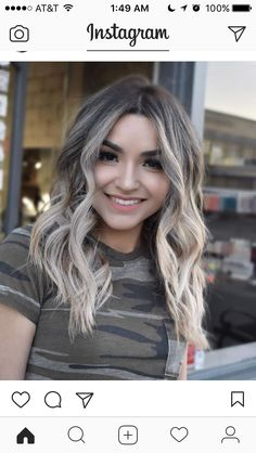 Pretty And Wavy Long Hairstyles for 2019 Long wavy hair is all the rage right now, so grab your curling iron or deep waver to create some fun hairstyles Haircuts For Wavy Hair, Short Haircuts, Long Wavy Hairstyles, Layered Haircuts, Hair Color And Cut, Pinterest Hair, Hair Game, Hair Color Balayage, Ash Blonde Balayage