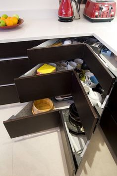 corner drawers. Genius