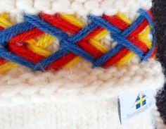 Lovikkagarn från www.se, vantar av Agneta Byers www. Crocheting, Knit Crochet, Gloves, Socks, Branding, Traditional, Knitting, Creative, How To Make