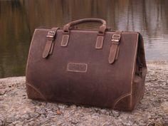 Travel bag,Leather Travel Bag,Vintage Large Duffle Bag,luggage,weekend bag,Leather Doctor Bag,Briefcase +PROMO