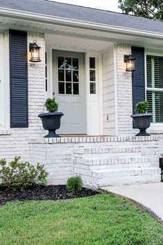 Have you wanted to Limewash your home, but have been hesitant to start? Today, I'm sharing 10 Tips for Limewashing Your Home featuring Romabio Paints Classico Limewash Ranch Exterior, House Paint Exterior, Exterior Remodel, Exterior House Colors, Exterior Design, Exterior Shutters, Painted Brick Ranch, Painted Brick Exteriors, Painted Brick Homes