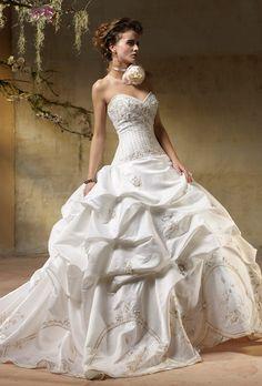 old fashioned wedding dresses Wedding Dress Trends Top Wedding