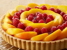 Look at this recipe - Peach and Raspberry Custard Tart - from Anna Olson and other tasty dishes on Food Network. Food Network Uk, Food Network Canada, Food Network Recipes, Anna Olson, Tart Recipes, Cheesecake Recipes, Dessert Recipes, Best Summer Desserts, Raspberry Tarts