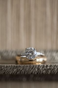 Idée et inspiration Bague Diamant :   Image   Description   Gorgeous ring!     [ad] Zola's Registry Advisors are here to help – we'll do anything for love!