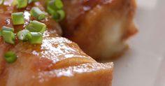 お肉で巻いてボリュームアップした高野豆腐の中にはチーズも。子どもにも人気な照り焼きにしました。