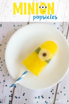 Time Out with Mom: Minion Popsicles - Assemble the Minions with this refreshing popsicle snack recipe. Original design and recipe by: Timeout with Mom - www.timeoutwithmom.com