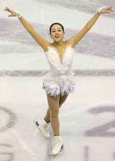「Swan Lake」 : World Figure Skating Championships 2013 in London(CANADA)