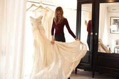 Estuvimos conversando con Agustina Bohtlingk Novias, diseñadora de indumentaria dedicada al diseño de vestidos de novia. Para ver la entrevista completa: http://www.gauricatering.com.ar/agustina-bohtlingk/