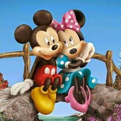 Diamond Painting Mickey and Minnie on a Bridge Kit Disney Mickey Mouse, Walt Disney, Mickey Mouse Y Amigos, Mickey And Minnie Love, Retro Disney, Mickey Mouse Cartoon, Mickey Mouse And Friends, Cute Disney, Disney Art