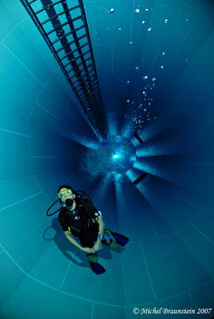The deepest diving pool in the world is located in Brussels, Belgium. Its dept is 35 meters / 115 feet