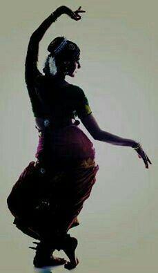 Janaki akka is the best motivator 💖💖 Dance Photography Poses, Dance Poses, Dance Paintings, Indian Art Paintings, Indian Photoshoot, Saree Photoshoot, Indian Classical Dance, Classical Music, Dance World