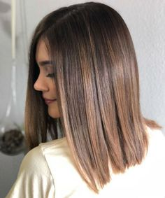 Hair microblading on first session breaking through dark brown box dye okay youve heard your hairstylist bitch about it we tell you not to use it ide tendance coupe coiffure femme 2017 2018 coupes de cheveux pour fac Brown Hair Balayage, Brown Hair With Blonde Highlights, Balayage Brunette, Hair Color Balayage, Hair Highlights, Brunette Hair, Ombre Hair, Ash Blonde, Brunette Color