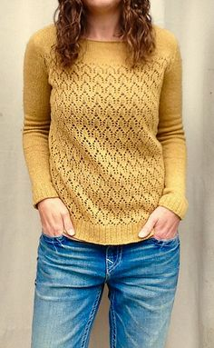 Ravelry: knorman13's April Lace Knitting Patterns, Knitting Stitches, Knitting Designs, Knitting Projects, Hand Knitting, Knitwear Fashion, Knit Fashion, Summer Knitting, Jumpers