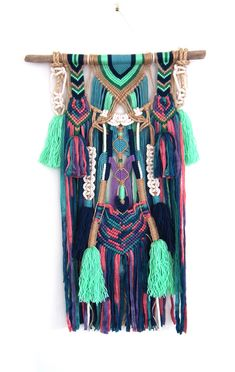 XYTRA wall hanging unique boho macrame with tassels and knots Macrame Wall Hanging Patterns, Macrame Art, Macrame Design, Macrame Projects, Macrame Patterns, Bohemian Crafts, Bohemian Wall Tapestry, Crochet Top Outfit, T Shirt Yarn