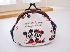 8.5 cm Metal frame:  Mickey Mouse  Minnie Mouse Metal frame purse/coin purse / Coin Wallet /Pouch / Kiss lock frame bag