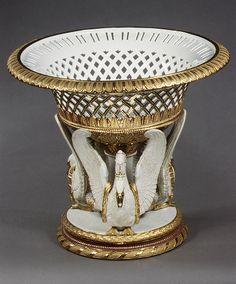 Flower Basket, Fruit, Art History, Centerpieces, Museum, Ceramics, Crystals, Artwork, School Projects
