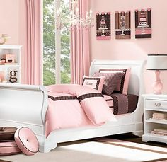 Pretty in pink and brown, for a girls room!!