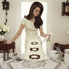 Pinup, Christine Mcconnell, How To Make Wedding Cake, Elizabeth Grant, Queen Elizabeth, Photo Images, Domestic Goddess, Up Girl, Looking For Women