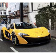 McLaren P1 spotted on the streets of London