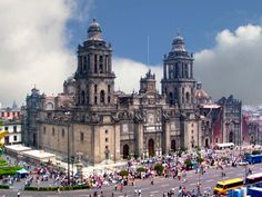 On the square in Mexico City, this huge, magnificent catedral (cathedral) is truly impressive. Places Around The World, The Places Youll Go, Great Places, Places To See, Beautiful Places, Around The Worlds, Mexico City Cathedral, Voyage Europe, Visit Mexico