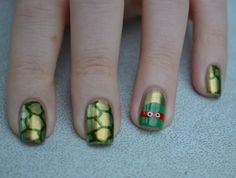 Turtles nails - so cool! :)