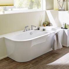 45 besten sch ne badewannen bilder auf pinterest in 2018 badezimmer damentoilette und duschen. Black Bedroom Furniture Sets. Home Design Ideas