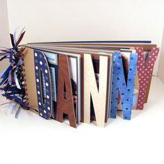 Custom Name Photo Album Scrapbook for Photos - 7 Letter Album Album Photo Scrapbooking, Scrapbook Albums, Faire Un Album Photo, Diy And Crafts, Paper Crafts, Baby Scrapbook, Photo Craft, Book Making, Bookbinding