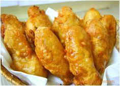 Deep Fried Banana Cakes (Bánh Chuối Chiên)
