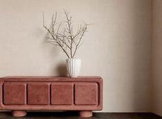 Kelly Wearstler 2020 Furniture Collection Transcendence Interior Work, Brass Texture, Kelly Wearstler, Metal Fabrication, Postmodernism, Elle Decor, Furniture Collection, New Furniture, Architecture Details
