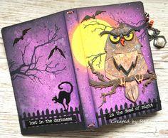Halloween Books, Fall Halloween, Halloween Projects, Halloween 2020, Autumn Art, Autumn Theme, Art Journal Inspiration, Journal Ideas, Fall Cards