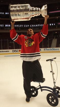 Michal Rozsival finally gets to lift The Cup