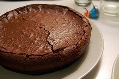 Chocolate Fondant Cake/ Torta de chocolate Francesa