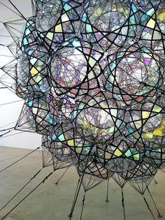 Tomas Saraceno @ Tanya Bonakdar Light and colour Chasing Unicorns, Instalation Art, Land Art, Light Art, Public Art, Art Inspo, Sculpture Art, Amazing Art, Decoration