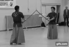 The Korean sword art of Haidong Gumdo is characterized by powerful, flowing movements incorporating spins, leaps, and rolls.